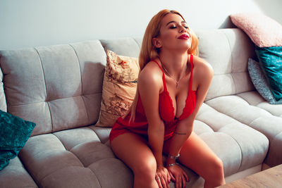 Robin Williams - Escort Girl from Jersey City New Jersey