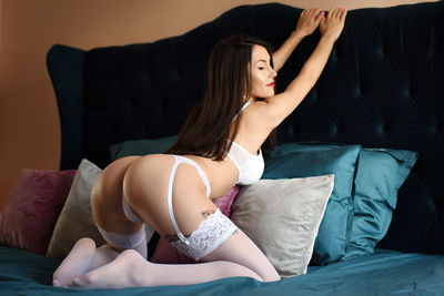 Robyn Peoples - Escort Girl from Naperville Illinois