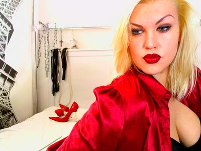 Miss Amellie - Escort Girl from High Point North Carolina