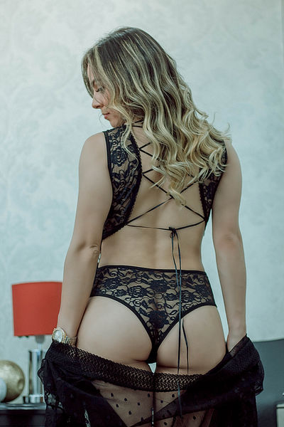 Stephanie Lewis - Escort Girl from Green Bay Wisconsin