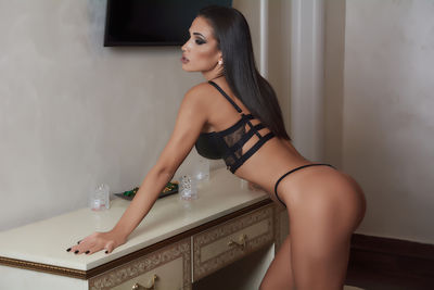 Bianca Conti - Escort Girl from Nashville Tennessee
