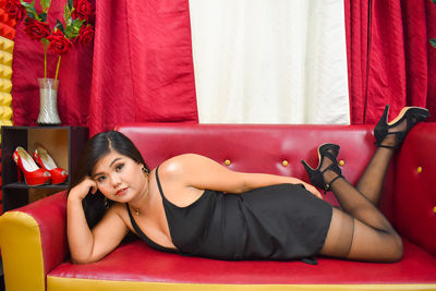 Lorraine Young - Escort Girl from Naperville Illinois